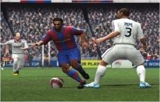 Review FIFA 09 All-Play: Ooh, en daar gaat hij hem toch even mooi voorbij!