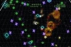 Review Geometry Wars: Galaxies: In deze chaos blijft past maar één woord ... Hellup!