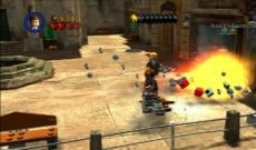 Review LEGO Indiana Jones: The Original Adventures: Lego objecten kan je bijna allemaal vernietigen.
