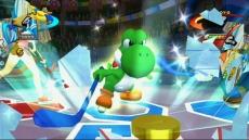 Review Mario Sports Mix: Zelfs de altijd vrolijke <a href = https://www.mario64.nl/Nintendo64_Yoshis_Story.htm target = _blank>Yoshi</a> blijkt op het sportveld een echte fanatiekeling!