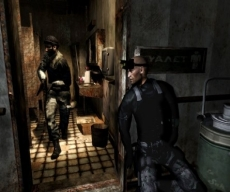 Review Tom Clancy's Splinter Cell Double Agent: Even rustig naar het toilet gaan zit er niet in voor Sam Fisher.