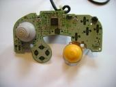 En zonder plastic omhulsel ziet je controller er zo uit!