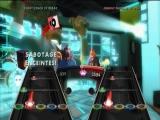 De game speelt bijna helemaal hetzelfde als eerder verschenen Guitar Hero titels.