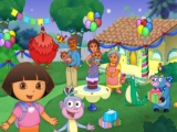 Eindelijk jarig ,kom allemaal! Dora heeft de taart gehaald.