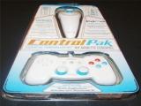 Bij dit pakket krijg je een Wired Wing maar ook een Nyko <a href = http://www.mariowii.nl/wii_spel_info.php?Nintendo=Wii_Nunchuk>Nunchuck</a>!