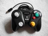 Dit is een stevige controller en wat dikker dan het origineel.