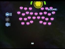 Zoals de titel aangeeft bestaat de game uit oude Arcade-klassiekers, zoals Space Invaders.