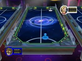 Je kan van alles spelen! Ziehier een potje air-hockey!