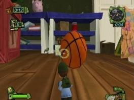 Kijk uit voor de basketbal anders ben je zo plat als een pannekoek.