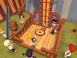Speel Kermis games zoals de Kop van Jut, ringen gooien en darten.