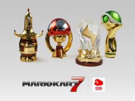 Of wat dacht je van deze prachtige trofeeën uit <a href = https://www.mariowii.nl/wii_spel_info.php?Nintendo=Mario_Kart_Wii>Mario Kart</a> 7?