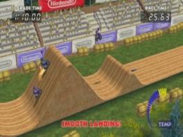 Zoals je ziet zijn de tracks in deze game niet zo rolstoelvriendelijk...