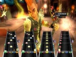 Speel met vier spelers! Je kunt vier gitaren aansluiten, maar ook andere combinaties!