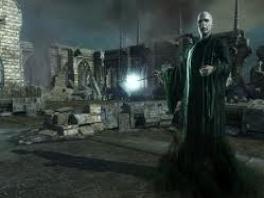 En daar is hij dan. De griezel van het spel. Voldemort. Ik zie nu al blauw!!!