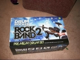 <a href = https://www.mariowii.nl/wii_spel_info.php?Nintendo=Rock_Band_2>Rock band 2</a>, vorm jullie eigen rock band(s).