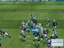 Zo'n blauwe stip op het veld betekent maar één ding: groepsknuffel!