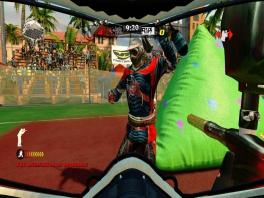 Aan de verfspatten op die grote zak te zien, heeft de speler al erg vaak misgeschoten.