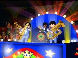 Elke activiteit wordt begeleid door een echte Playmobil-band!