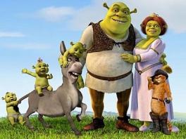 De familie Shrek is klaar om wat spelletjes te spelen.