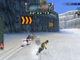 Probeer je tegenstanders in te halen op je snowboard!