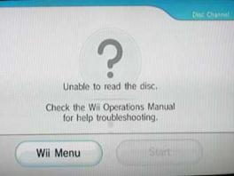 Misschien moet je even in het disc vakje blazen, werkte bij de DS anders heel erg goed!